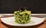 Салата од авокадо и краставица