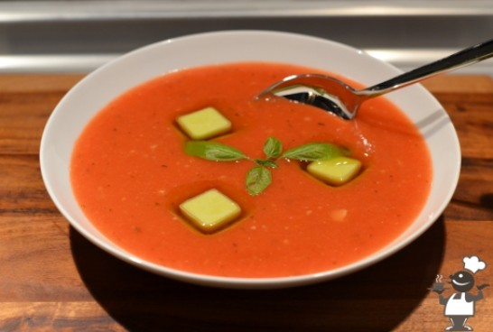 Супа од домати и компир